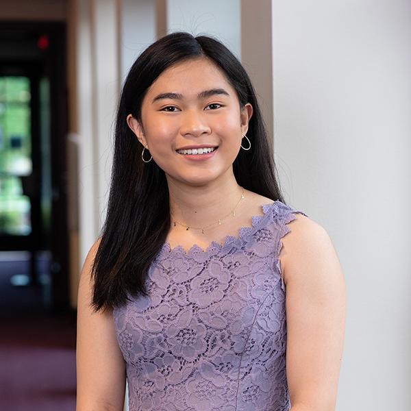 TCU Clark Society Scholar, Margaret Vo